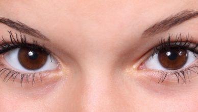 beautiful-close-up-eye-eyebrows-eyelashes-eyes